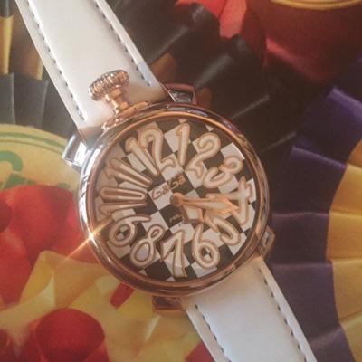 森泉愛用時計